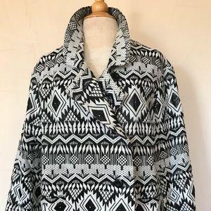 Black & white tribal patterned jacket/blazer